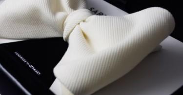 Галстук-бабочка white tie