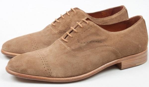 ухаживаем за замшевыми туфлями