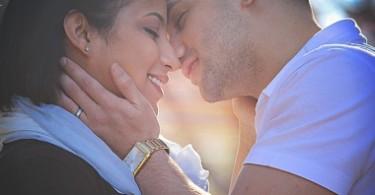 как поцеловать женщину на свидании