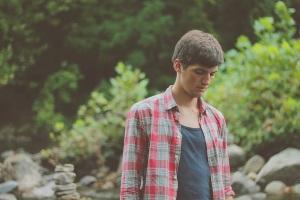 Почему неуверенность в себе делает тебя невидимкой